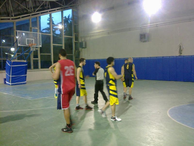 leve di basket a napoli : le foto