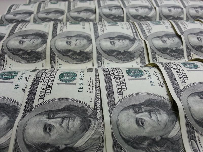 Assegno da due milioni di dollari trovato in metropolitana a Madrid  Read…