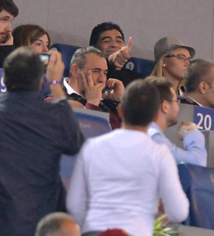 Roma-Napoli, c'e' Maradona in tribuna - FOTO