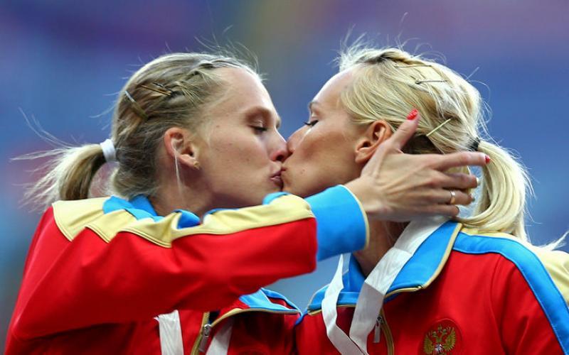 Un bacio da podio.