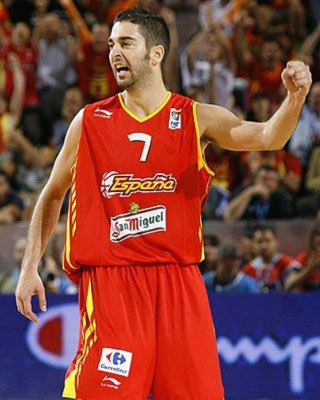 Navarro   35 punti contro la  macedonia